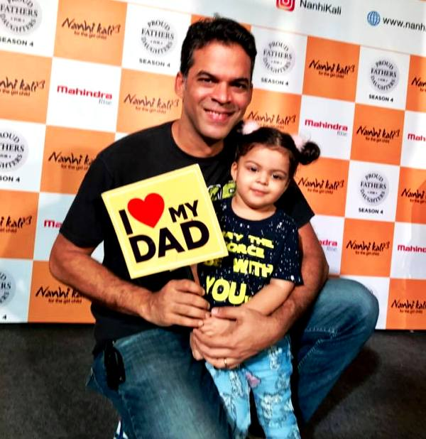 Vikramaditya Motwane with his daughter Akira