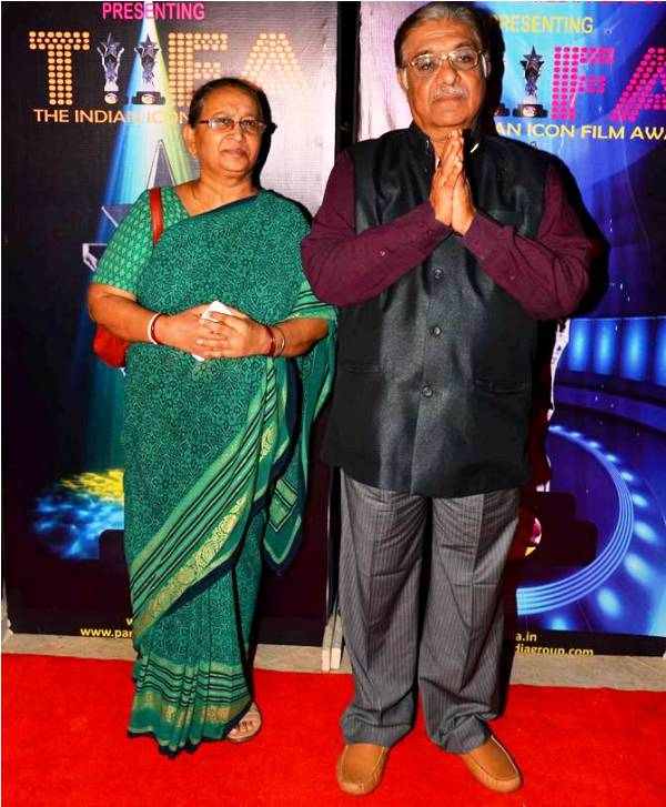 Aanjjan Srivastav With His Wife