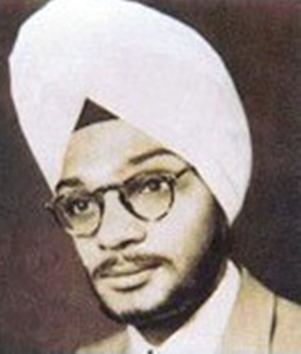 Gulzar during his college days