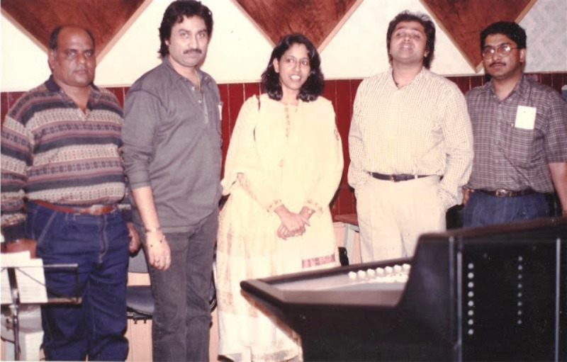 Kavita Krishnamurthy with Other Singers
