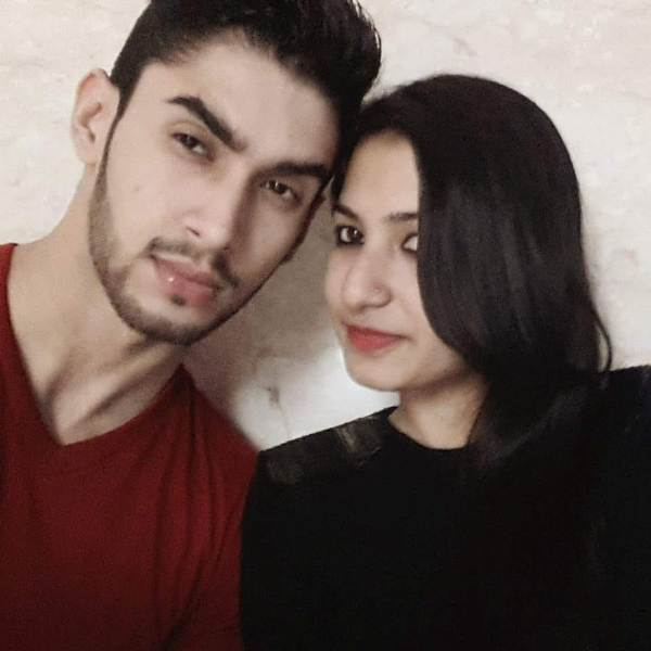 Laksh Lalwani with his sister