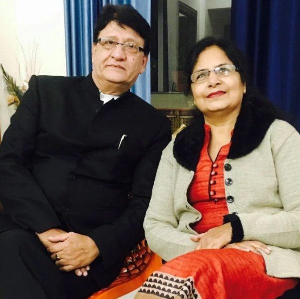 Manjul Khattar's parents