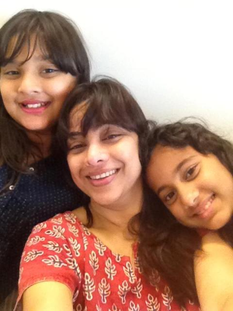 Medha Manjrekar with her daughters Gauri and Saiee