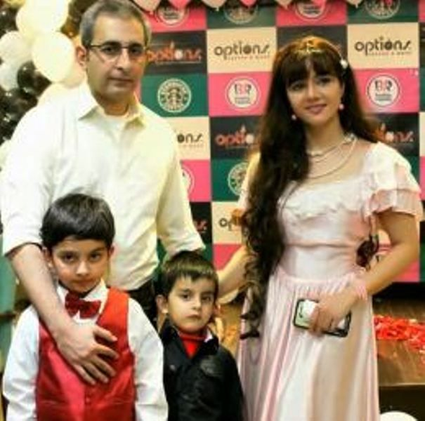 Rabi Pirzada with Her Husband and Children