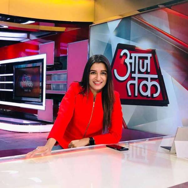 Shefali Bagga Reporting at Aaj Tak Channel