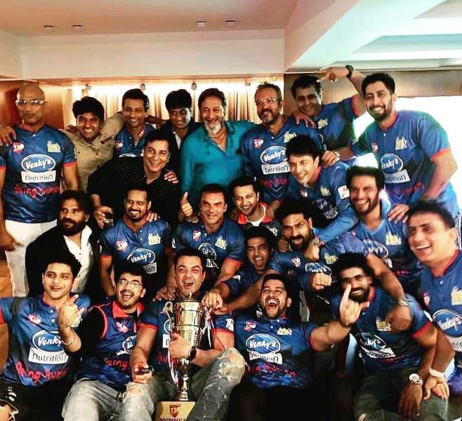 Varun Badola with His CCL Team