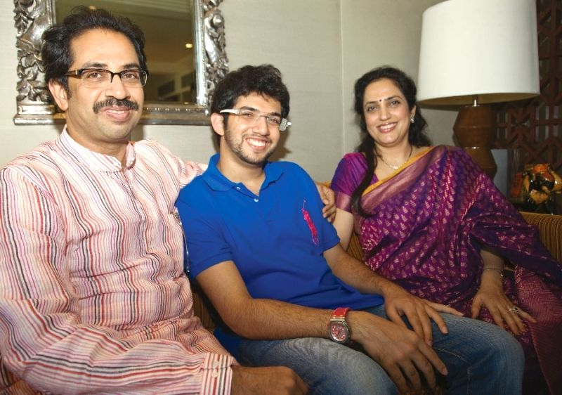 Aditya Thackeray (centre) with his father Uddhav (left) and his mother Rashmi (right)