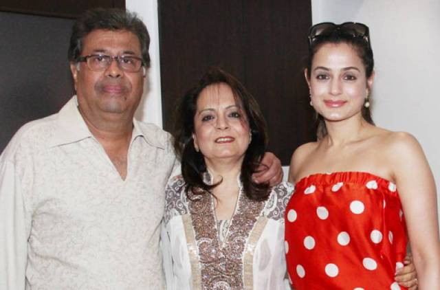 Ameesha Patel with her parents