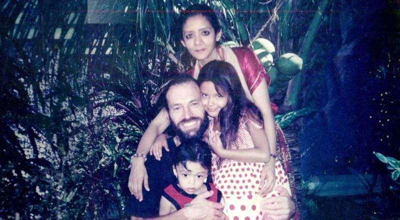 An Old Picture of Isha Sharvani with Her Family