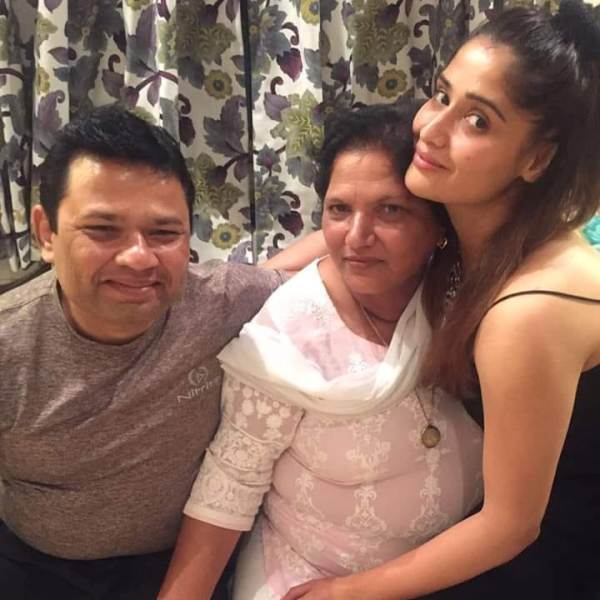 Arti Singh with her mother and brother vivek