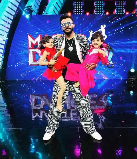 Chandan Shetty on the sets of Master Dancer