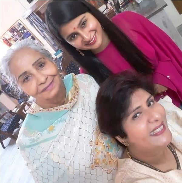 Deepa Malik with Her Mother and Daughter