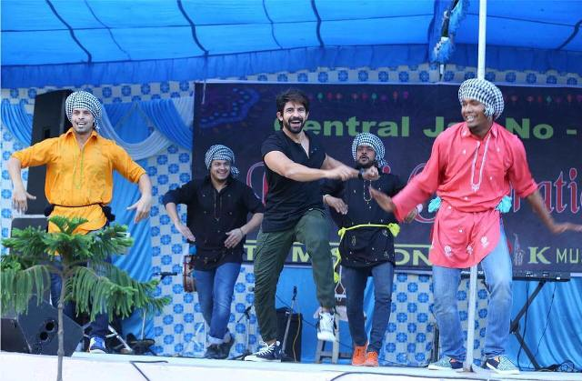 Hussain Kuwajerwala dance performance at Tihar Jail