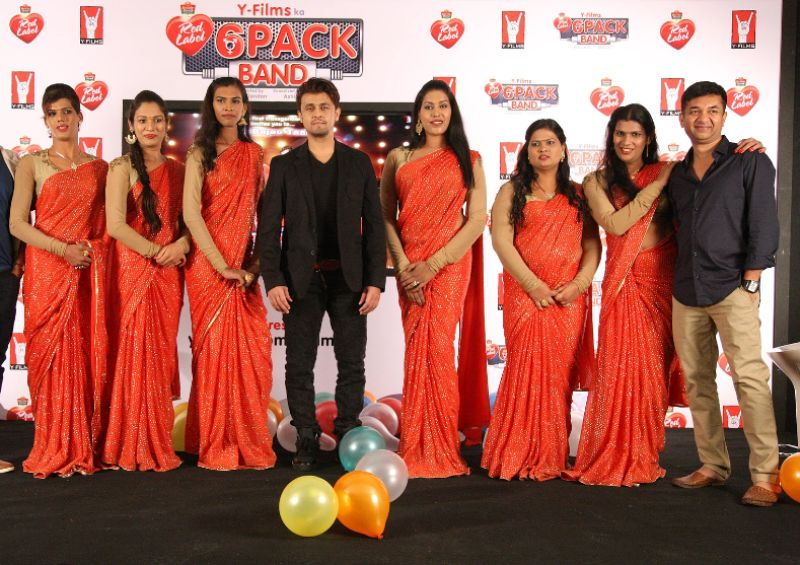 Members of 6 Pack Band with Sonu Nigam and Ashish Patil
