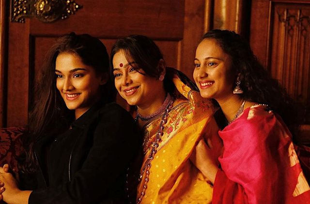 Saiee Manjrekar with her mother and step-sister, Gauri Ingawale