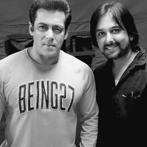 Siddharth Dey with Salman Khan