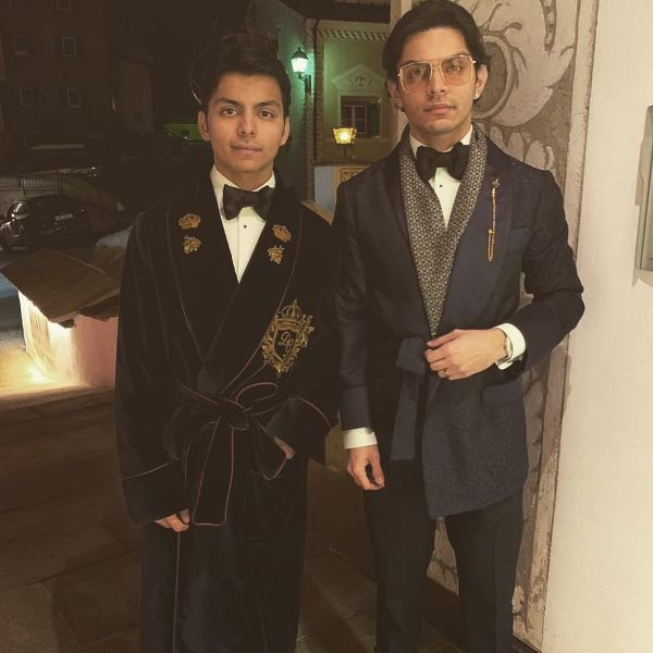Shikhar Pahariya with his brother