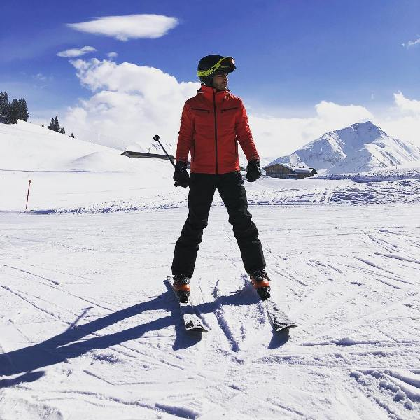 Veer Phariya Skiing