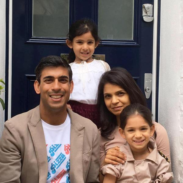 Akshata Murty with Her Husband and Daughters