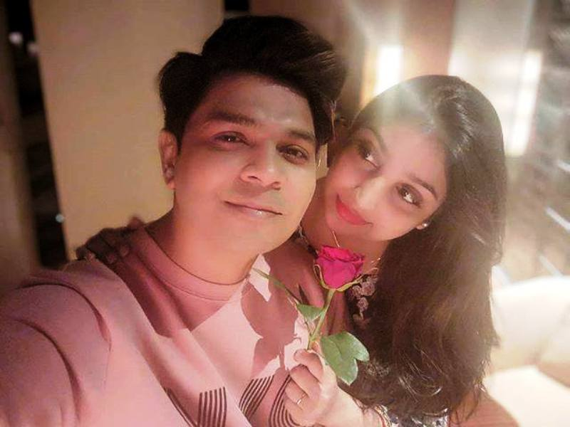 Ankit Tiwari with His Wife- Pallavi Shukla