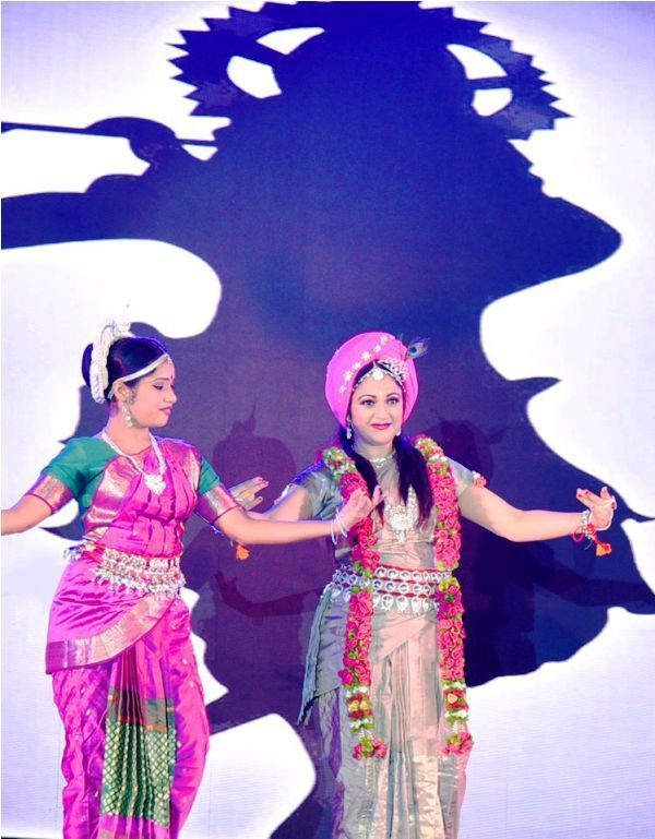 Gracy Singh Performing Classical Dance