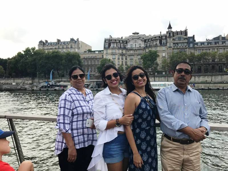 Purnota Dutta Bahl with Her Mother, Sister, and Father