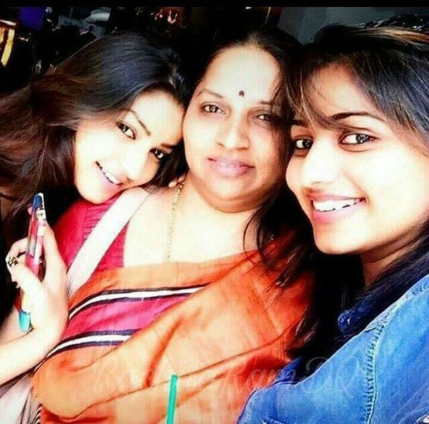 Rachita Ram with her sister and mother