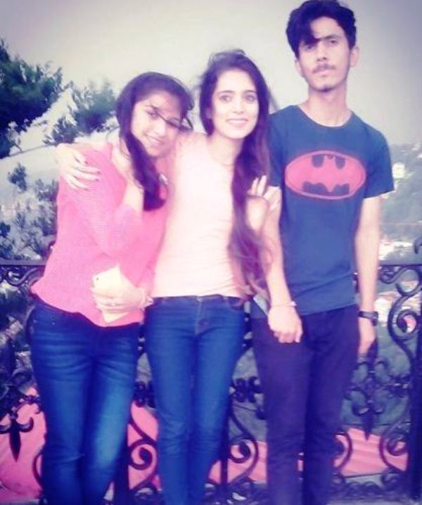Shipsy Rana with Her Sister and Brother
