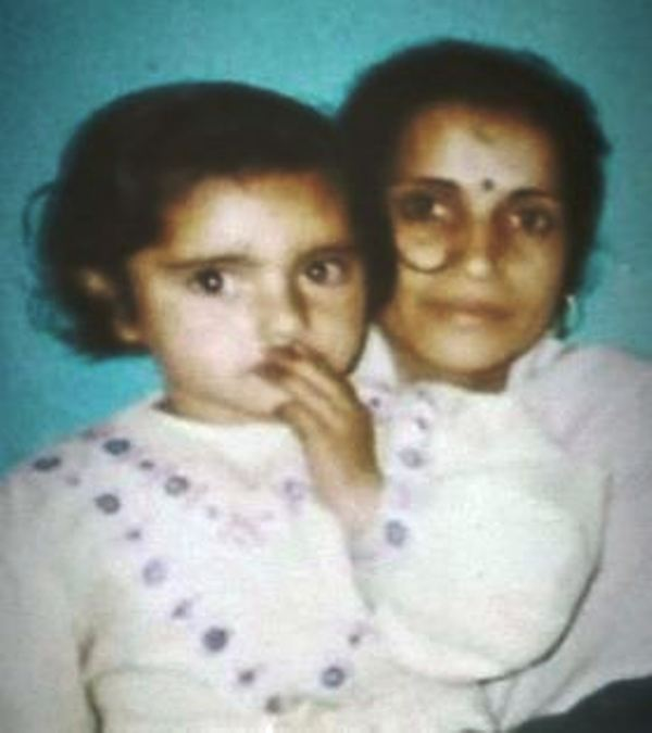 Shipsy Rana with Her Mother