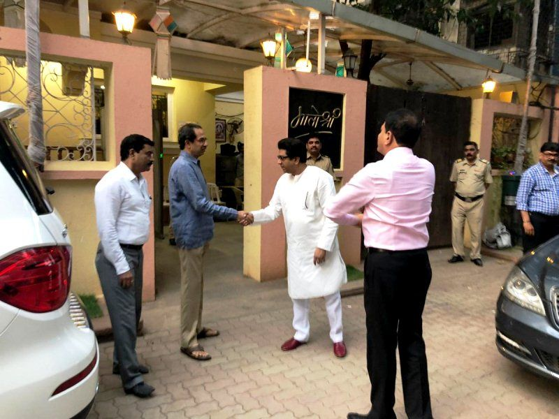 Uddhav Thackeray outside Matoshree