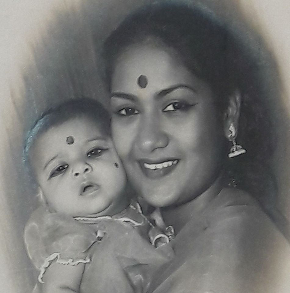 Vijaya Chamundeswari as a child with her mother