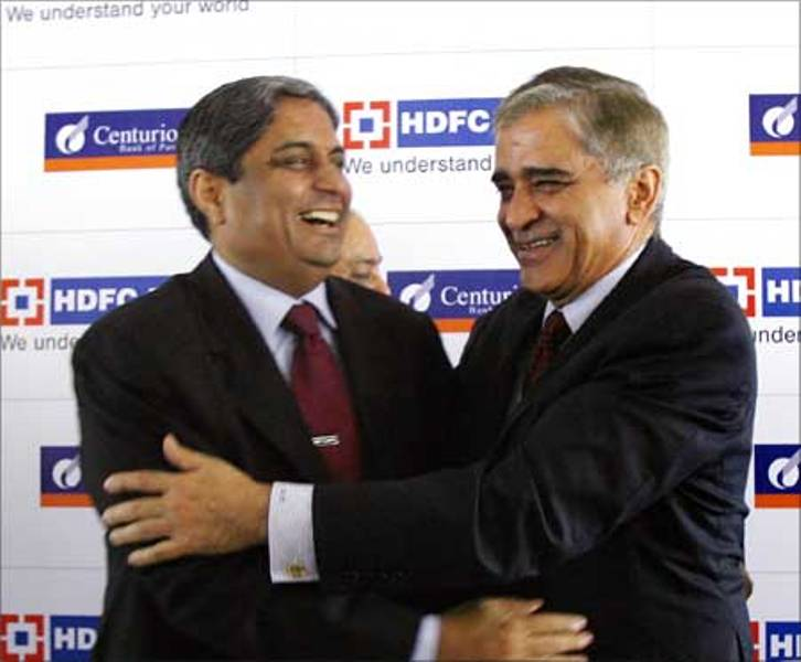 Aditya Puri with Deepak Parekh