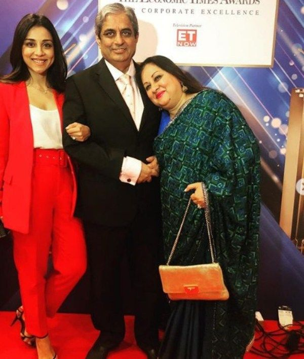 Aditya Puri with his Wife and Daughter
