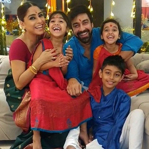Ashish Chowdhry with his wife and children