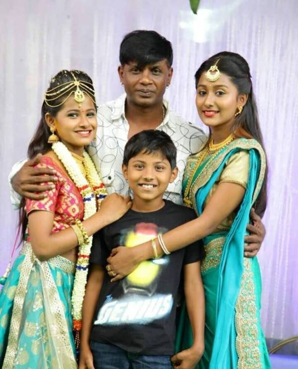 Duniya Vijay with his Children