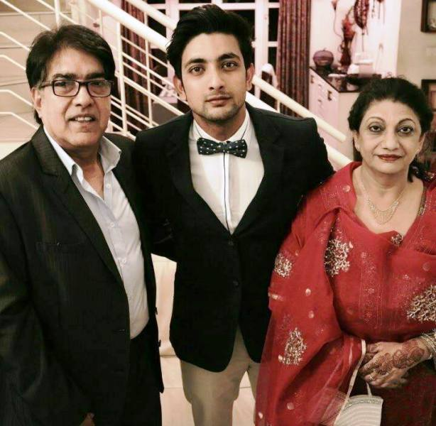 Fahmaan Khan and His Parents