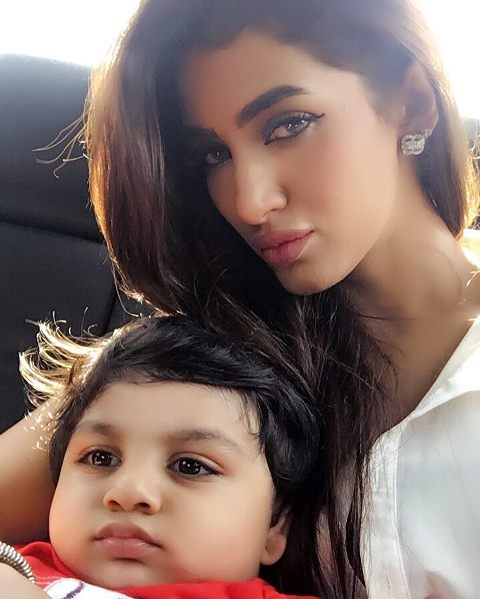 Mathira and her son Aahil