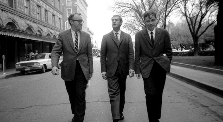 Ram Dass (left) with Timothy Leary (centre) and Walter Pahnke (right)
