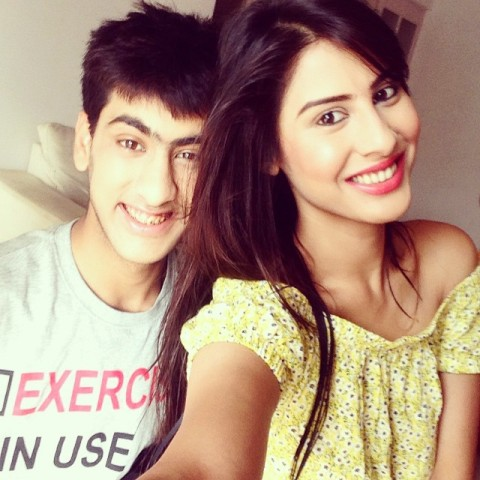 Sheetal Thakur with her brother