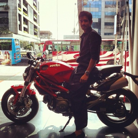 Vikrant Massey posing with his bike