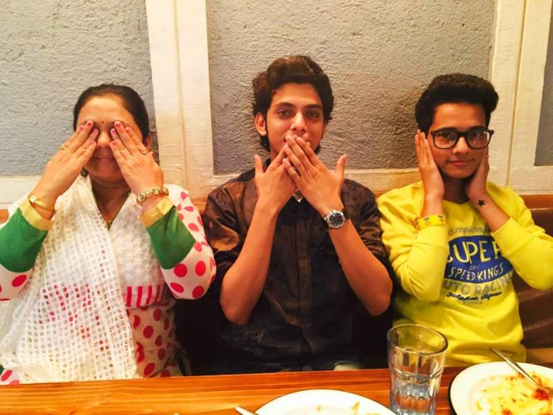 Vishal Jethwa with His Mother and Brother