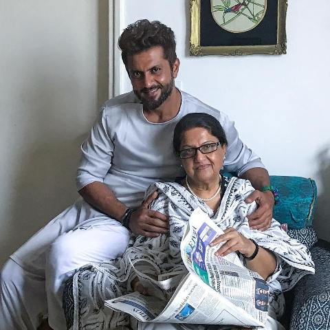 Aamir Dalvi with his mother