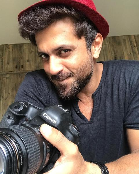 Aamir Dalvi loves doing photography