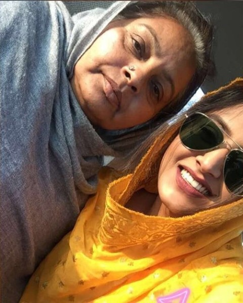 Baani Sandhu with her mother