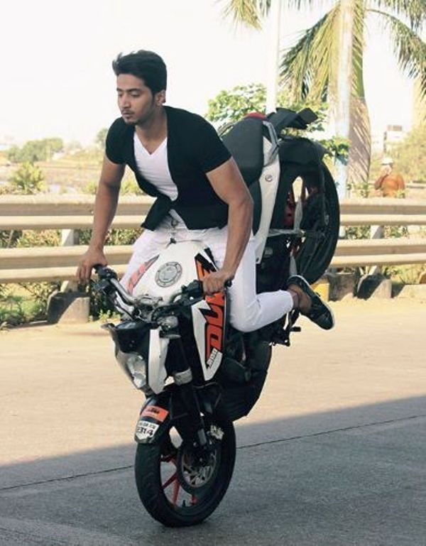 Faisal Shaikh Doing Bike Stunts