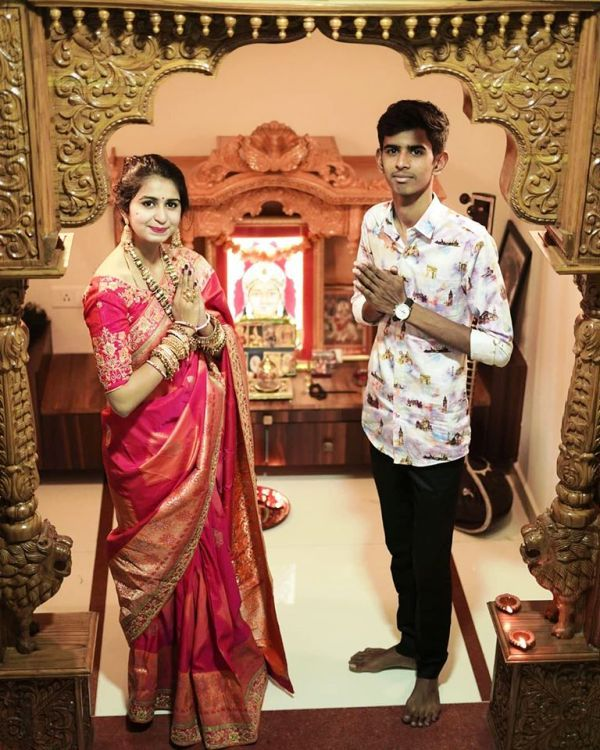 Kinjal Dave with Her Brother in Diwali Pooja