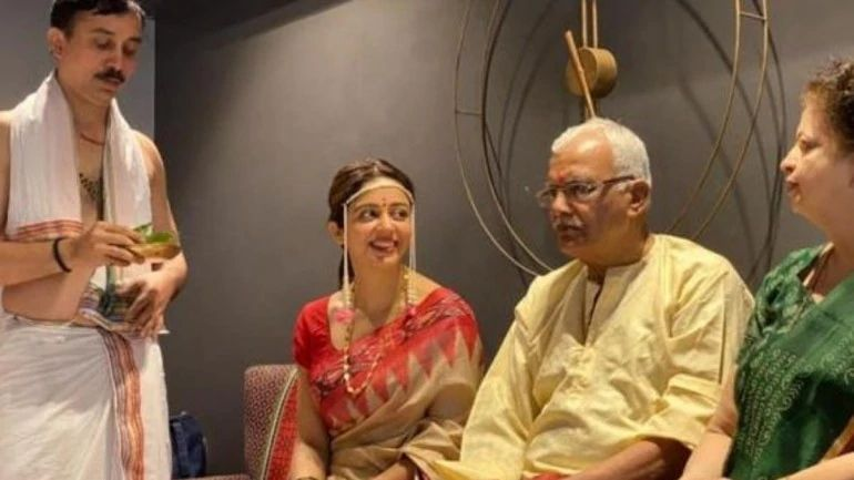 Neha Pendse with her parents during the grahmukh