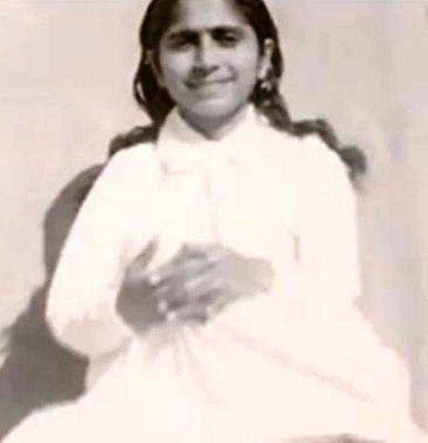 Old Picture of Dadi Janki