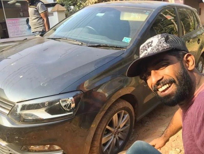 Pareekutty Perumbavoor with his Car