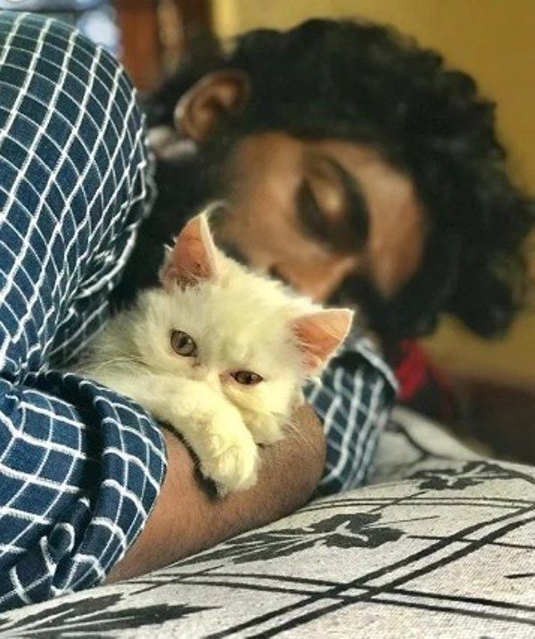 Pareekutty Perumbavoor with his Pet Cat